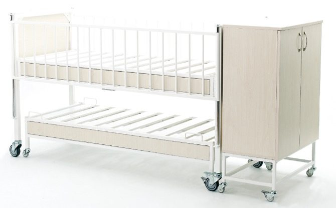 CHILD BED WITH COMPANION BED