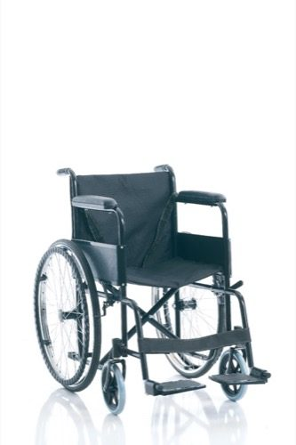 FOLDABLE PATIENT TRANSPORT CHAIR