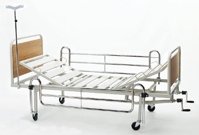 MECHANICAL HOSPITAL BED WITH TWO ADJUSTMENTS