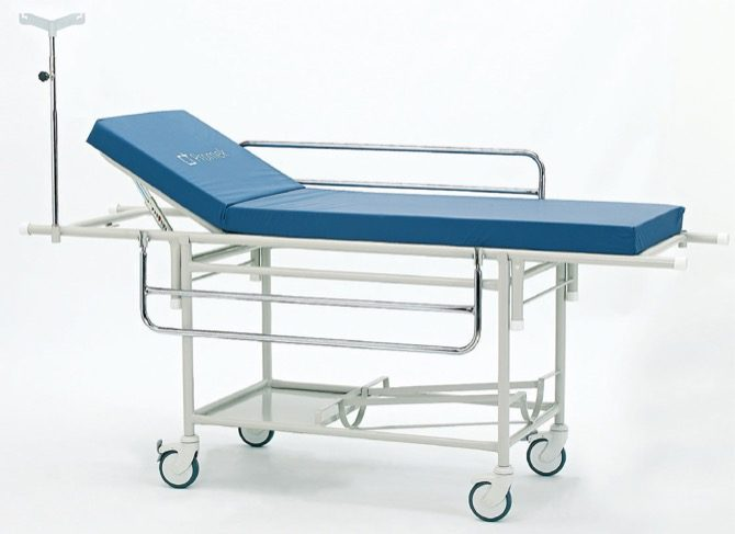 STRETCHER WITH TROLLEY