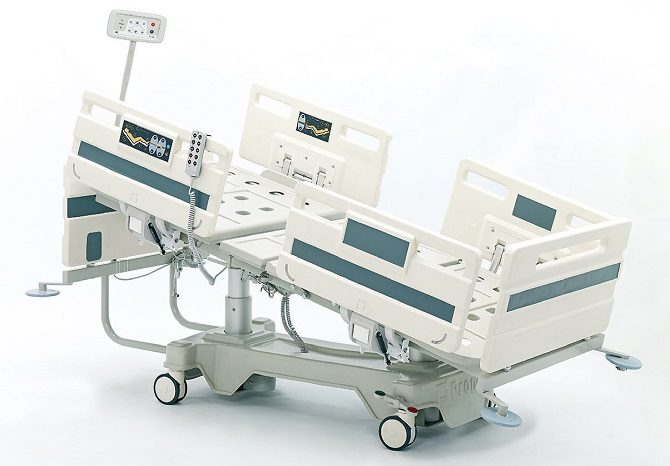 ABS HOSPITAL BED WITH COLUMN MOTORS